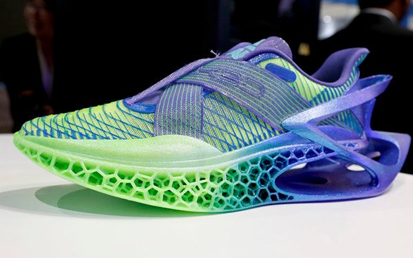 Recyclable TPU Shoes 3D Printed by Peak & Wanhua - 3D Printing